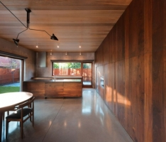 Modern-House-Interior-with-Classy-Elegant-Wood-Wall-Design mini